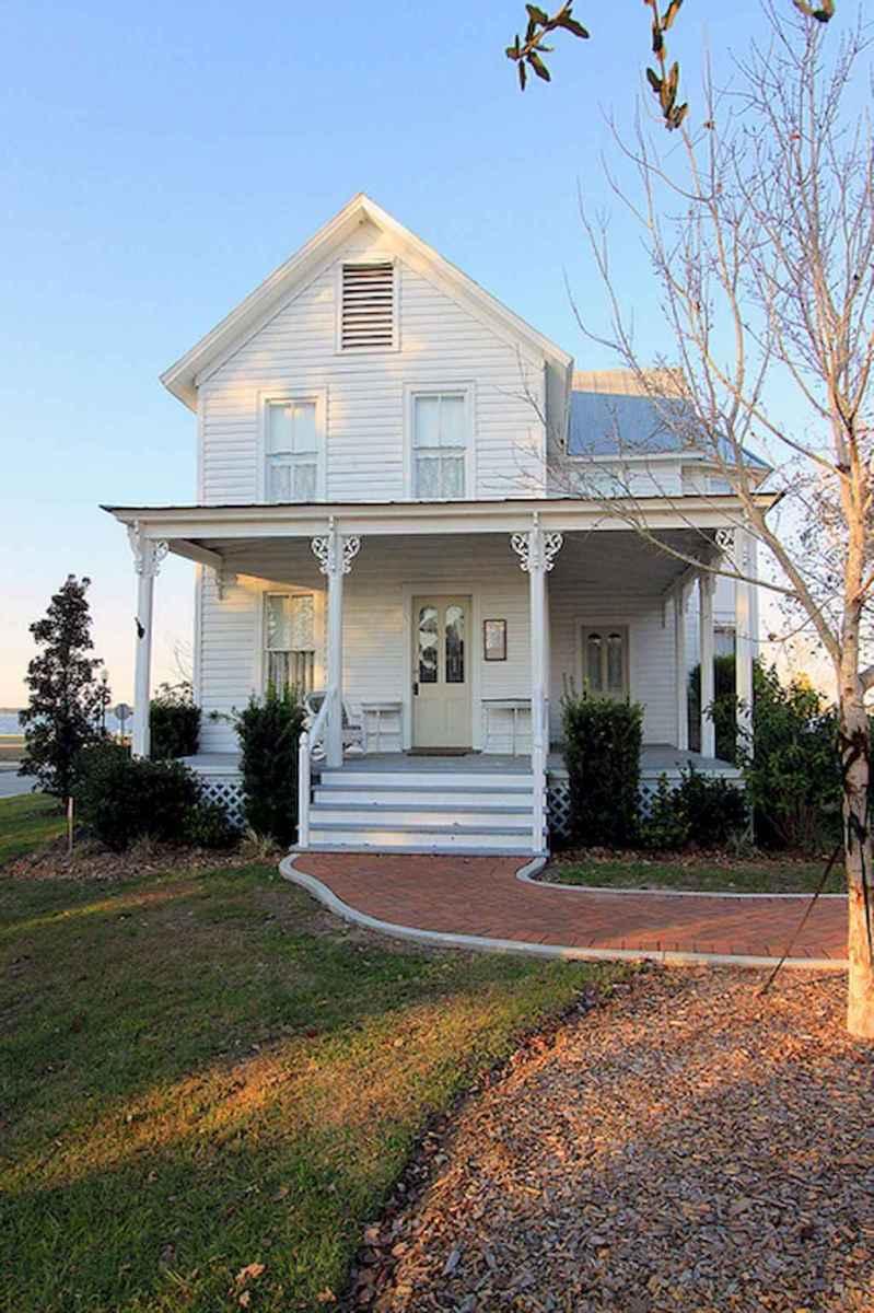 130 Stunning Farmhouse Exterior Design Ideas (22)