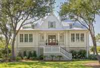 130 Stunning Farmhouse Exterior Design Ideas (24)