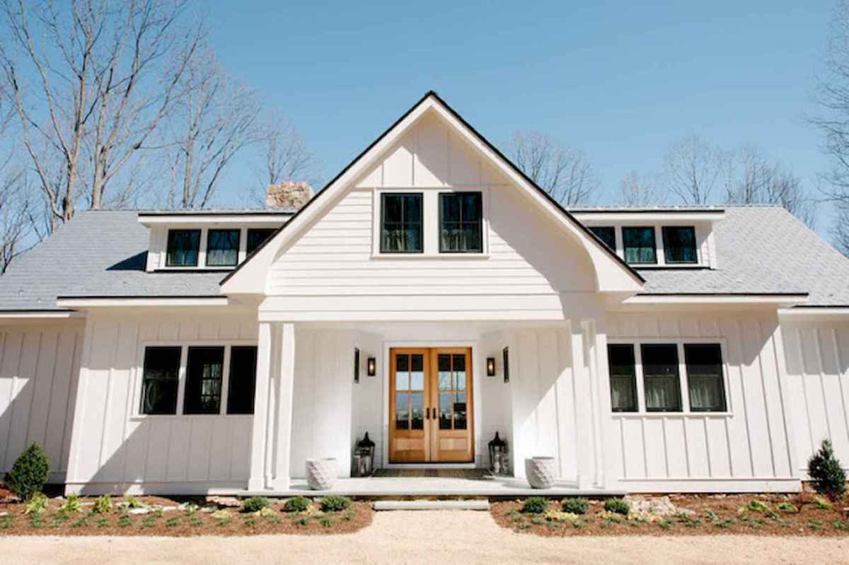 130 Stunning Farmhouse Exterior Design Ideas (55)