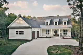 130 Stunning Farmhouse Exterior Design Ideas (7)