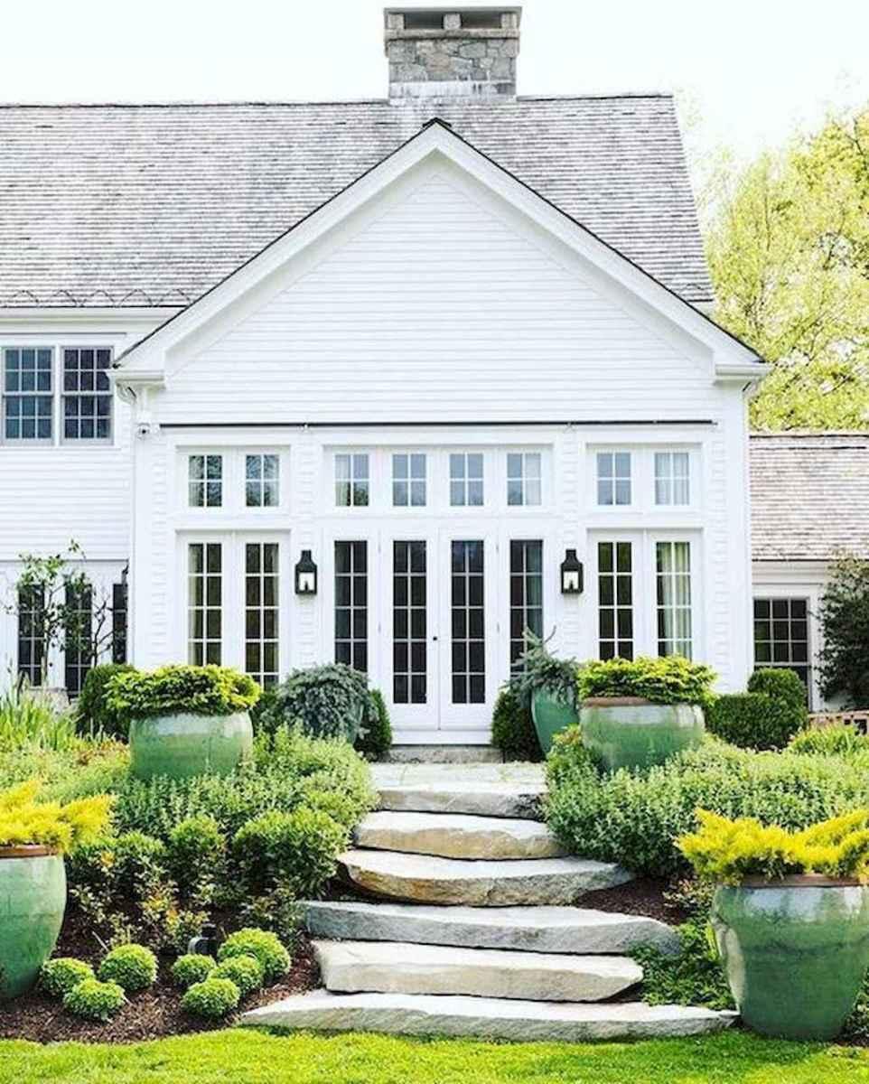 130 Stunning Farmhouse Exterior Design Ideas (72)