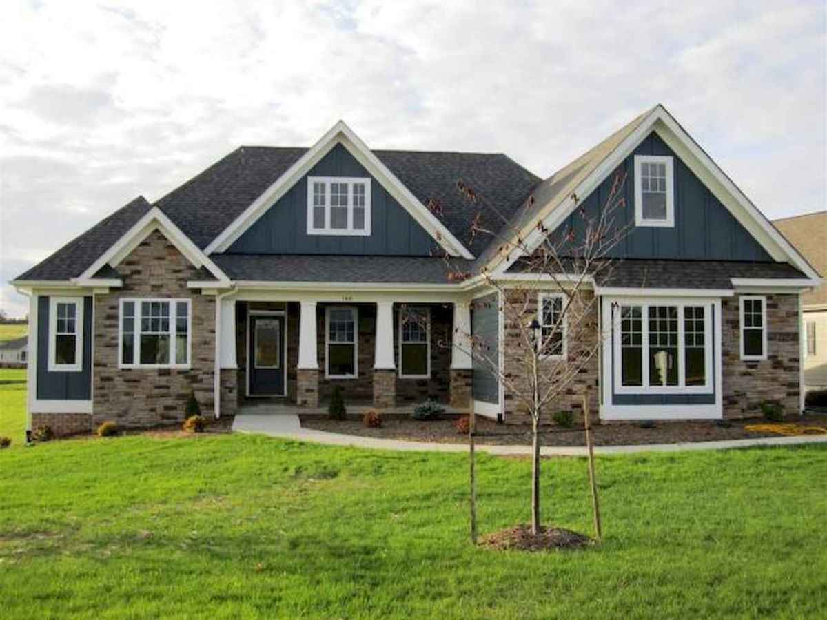 130 Stunning Farmhouse Exterior Design Ideas (78)