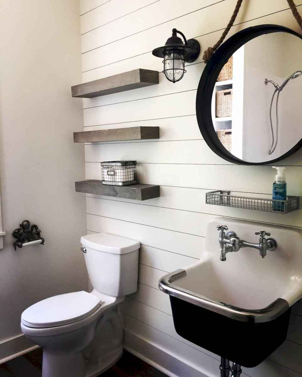 30 Amazing Coastal Nautical Bathroom Remodel Ideas (11)