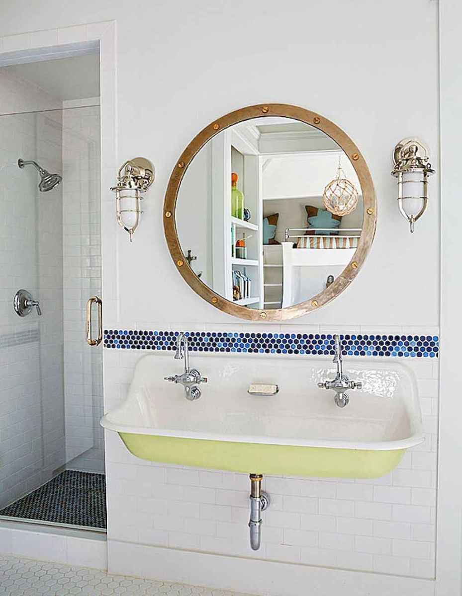 30 Amazing Coastal Nautical Bathroom Remodel Ideas (9)