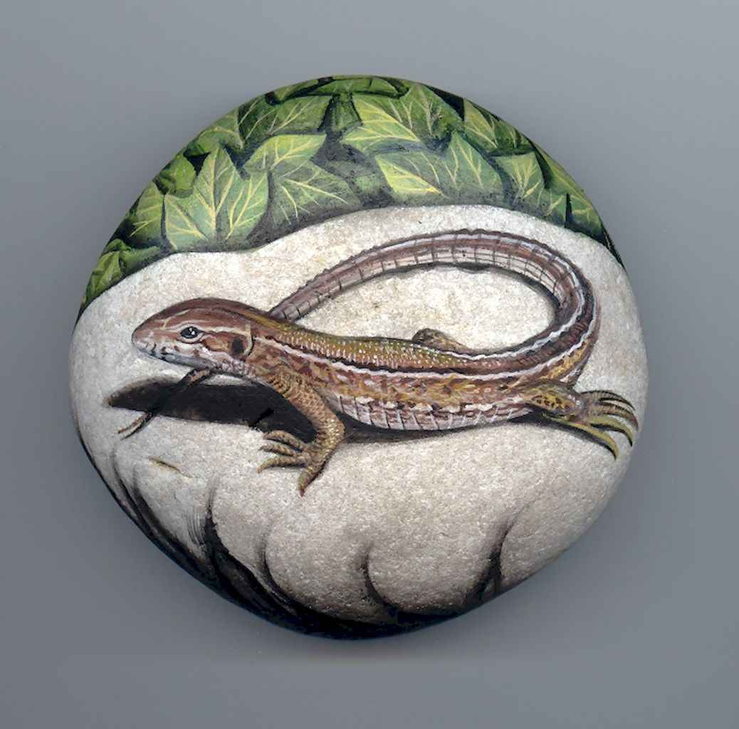 50 DIY Painted Rock Ideas for Your Home Decoration (4)