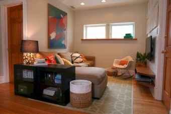 60 Inspiring DIY First Apartment Decorating Ideas (14)