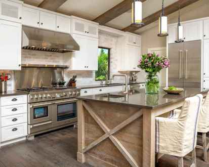 60 Inspiring Rustic Kitchen Decorating Ideas (61)
