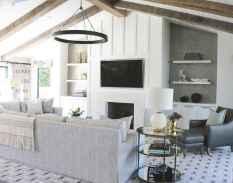 60 Modern Farmhouse Living Room First Apartment Ideas (47)