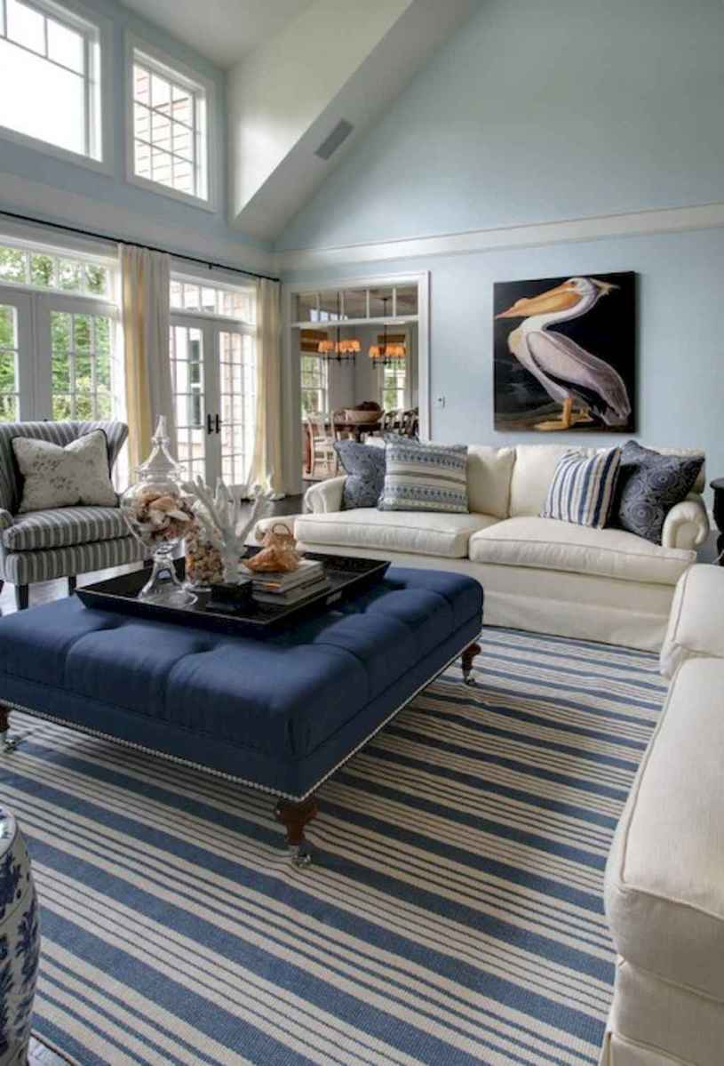 70 Cool and Clean Coastal Living Room Decorating Ideas (21)