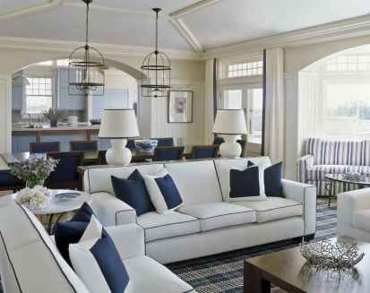 70 Cool and Clean Coastal Living Room Decorating Ideas (31)