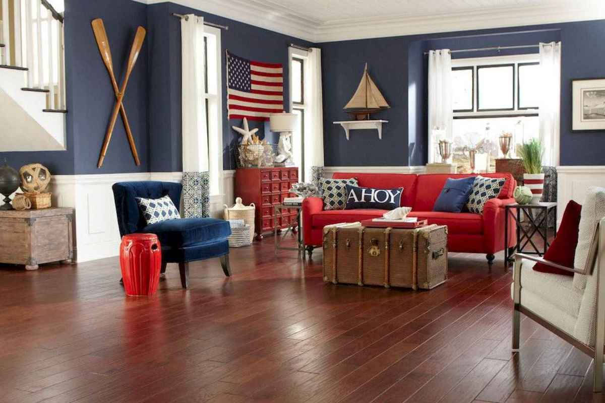70 Cool and Clean Coastal Living Room Decorating Ideas (59)