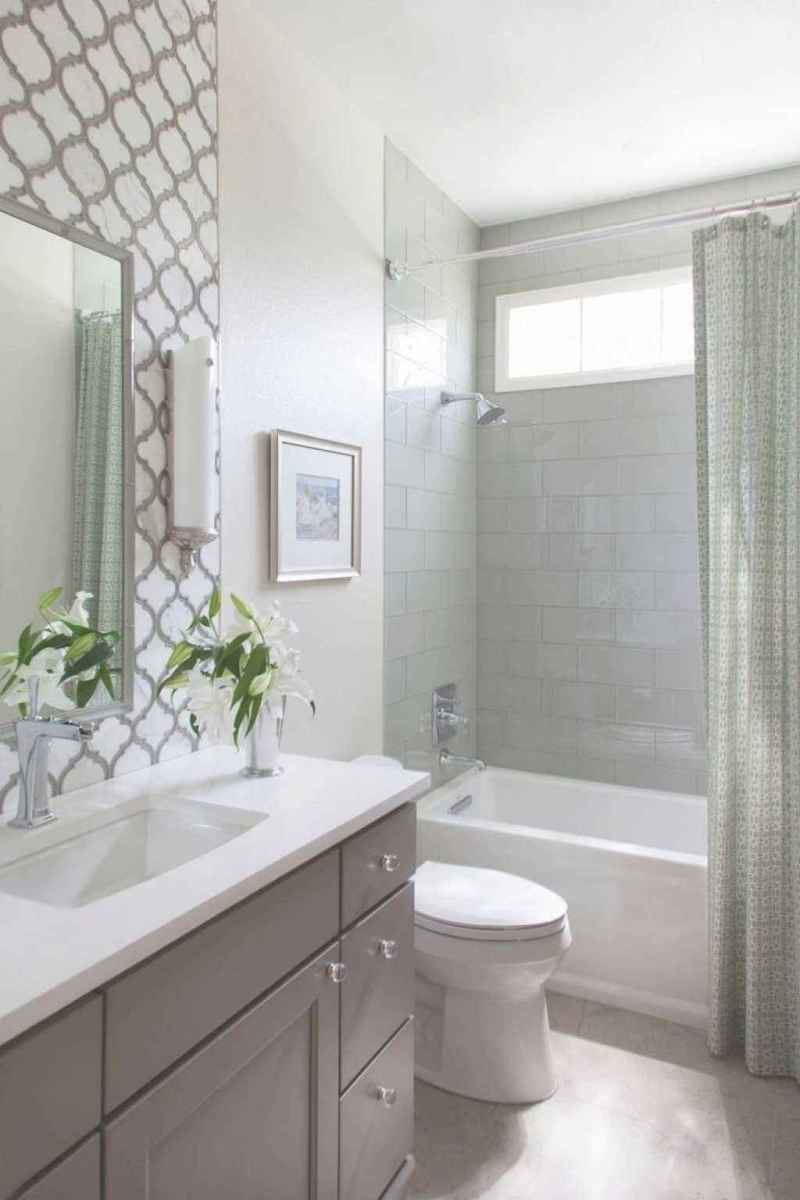 80 Amazing Master Bathroom Remodel Ideas (1)