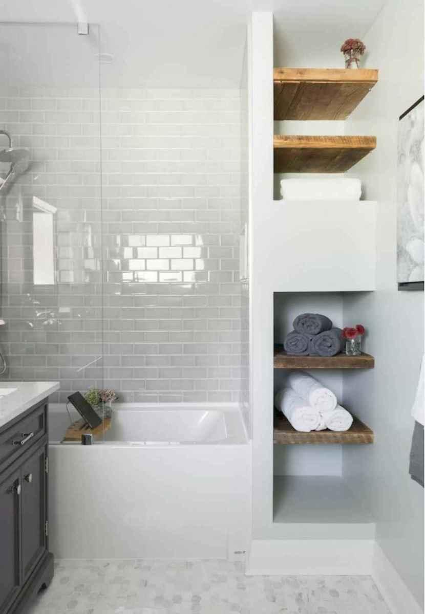 80 Amazing Master Bathroom Remodel Ideas (27)