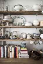 70 Brilliant Small Apartment Kitchen Decor Ideas (26)