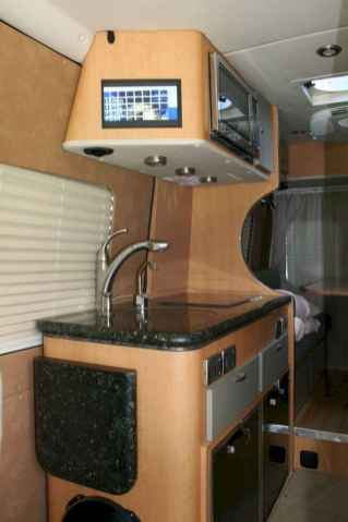 70 Brilliant RV Living Iinterior Remodel Ideas On A Budget (42)