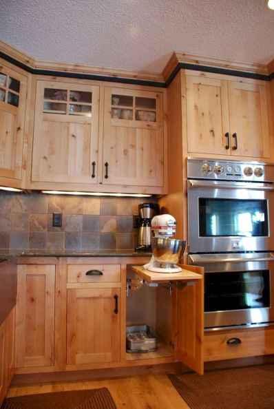 90 Best Farmhouse Kitchen Cabinet Design Ideas (138)