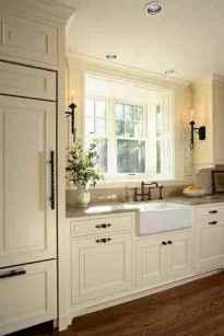 90 Best Farmhouse Kitchen Cabinet Design Ideas (184)