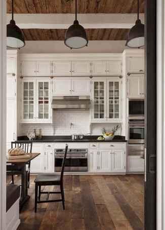 100 Elegant White Kitchen Cabinets Decor Ideas For Farmhouse Style Design (14)