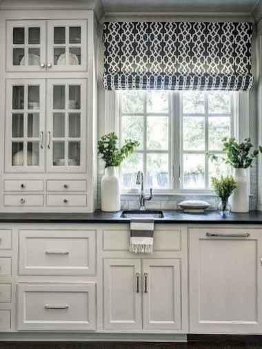100 Elegant White Kitchen Cabinets Decor Ideas For Farmhouse Style Design (33)