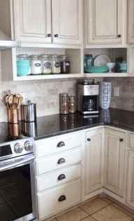 100 Elegant White Kitchen Cabinets Decor Ideas For Farmhouse Style Design (99)
