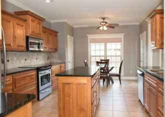 100 Supreme Oak Kitchen Cabinets Ideas Decoration For Farmhouse Style (37)