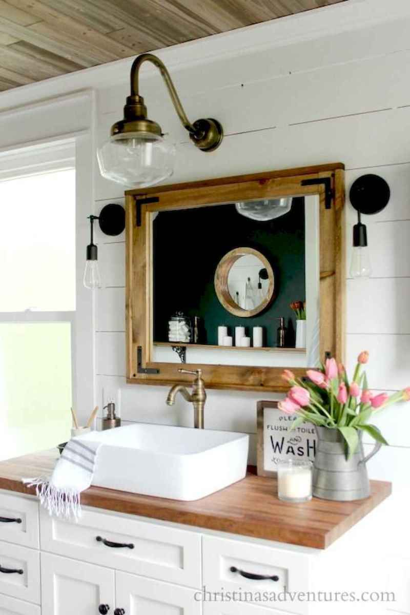 50 Amazing Farmhouse Bathroom Vanity Decor Ideas (107)
