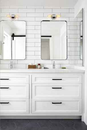 50 Amazing Farmhouse Bathroom Vanity Decor Ideas (44)