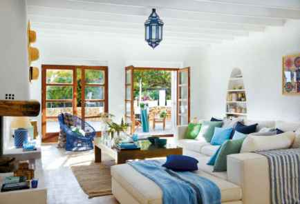 25 Mediterranean Living Room Decor Ideas (1)