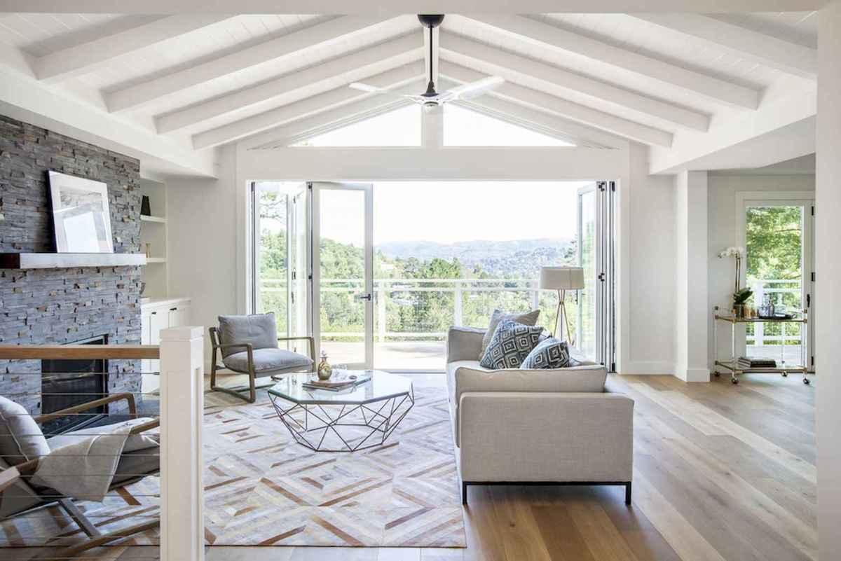 35 Best Farmhouse Sunroom Decor Ideas and Remodel (13)