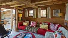 35 Chalet Living Room Decor Ideas (12)