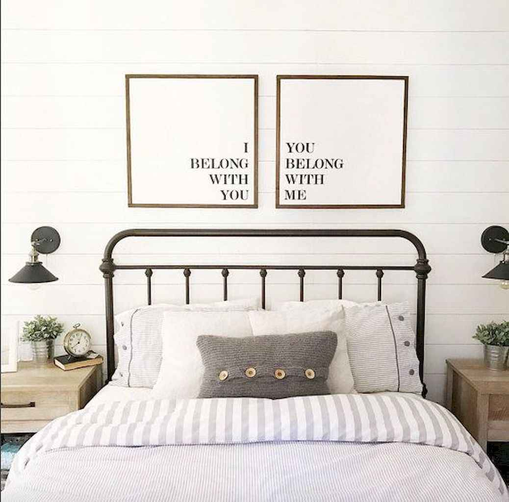 40 Modern Farmhouse Bedroom Decor Ideas and Makeover (15)