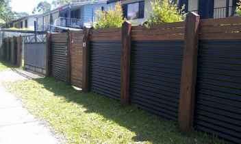 70 Gorgeous Backyard Privacy Fence Decor Ideas on A Budget (45)