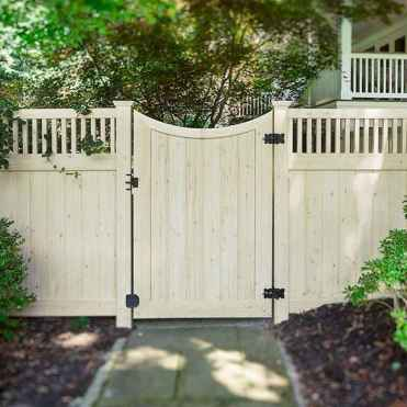 70 Gorgeous Backyard Privacy Fence Decor Ideas on A Budget (73)