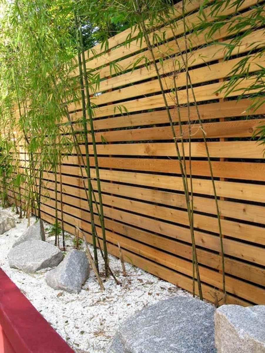 70 Gorgeous Backyard Privacy Fence Decor Ideas on A Budget (8)