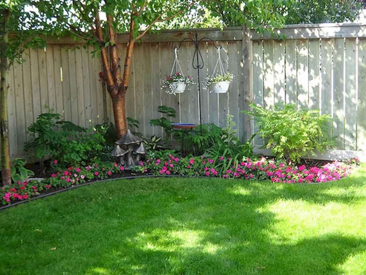 70 Gorgeous Backyard Privacy Fence Decor Ideas on A Budget (9)