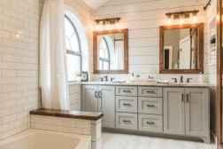 120 Modern Farmhouse Bathroom Design Ideas And Remodel (60)