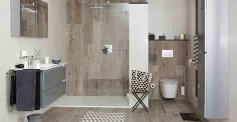150 Awesome Farmhouse Bathroom Tile Floor Decor Ideas And Remodel To Inspire Your Bathroom (101)