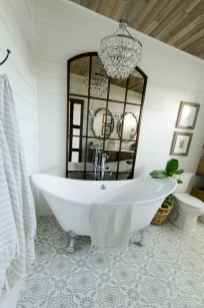 150 Awesome Farmhouse Bathroom Tile Floor Decor Ideas And Remodel To Inspire Your Bathroom (111)