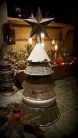 30 Rustic And Vintage Christmas Tree Decor Ideas (10)