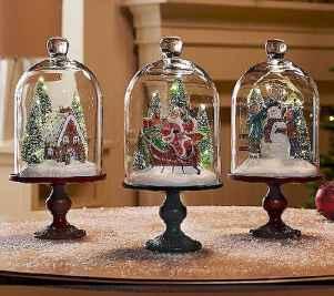 35 Beautiful Christmas Decor Ideas Table Centerpiece (13)