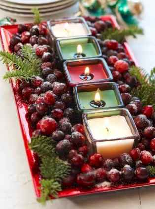 35 Beautiful Christmas Decor Ideas Table Centerpiece (34)