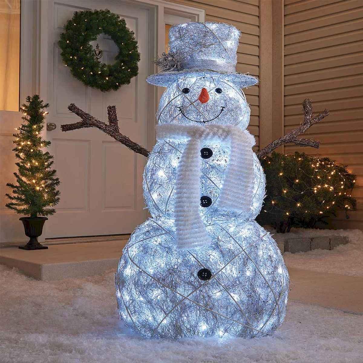 40 Amazing Outdoor Christmas Decor Ideas (11)