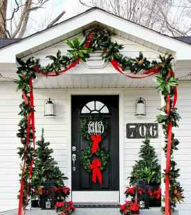 40 Amazing Outdoor Christmas Decor Ideas (28)