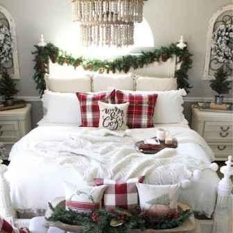 40 Awesome Bedroom Christmas Decor Ideas (28)