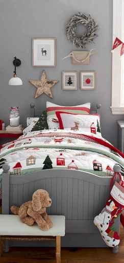 40 Awesome Bedroom Christmas Decor Ideas (34)