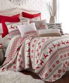 40 Awesome Bedroom Christmas Decor Ideas (5)