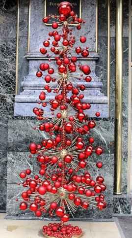 40 Unique Christmas Tree Decor Ideas (12)