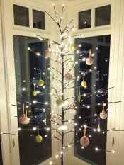 40 Unique Christmas Tree Decor Ideas (28)