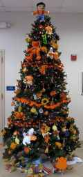 40 Unique Christmas Tree Decor Ideas (35)