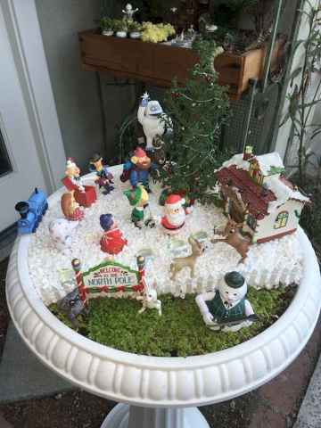 45 Beautiful Christmas Fairy Garden Decor Ideas (11)